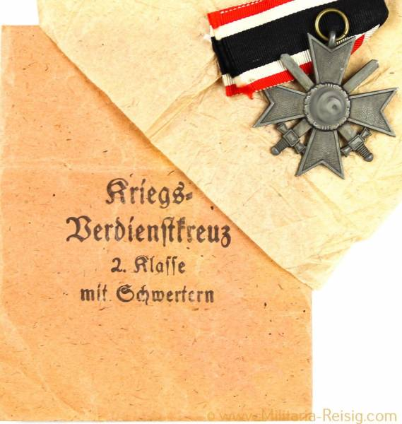 Kriegsverdienstkreuz mit Schwertern 2.Klasse 1939 und Tüte, Herst. Emil Herrmann & Co. Gablonz