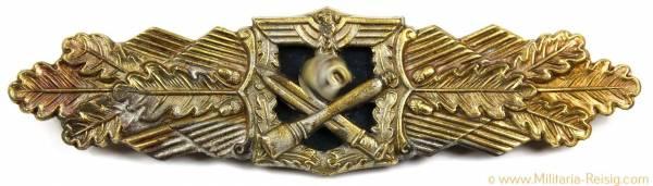 Nahkampfspange des Heeres in Gold, Herst. Deschler & Sohn, München mit Expertise