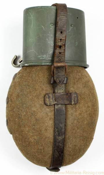 Feldflasche der Wehrmacht WAL 39