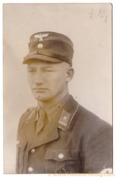 Foto Postkarte eines Oberscharführers / SA-Mann in Uniform, Sportabzeichen