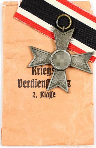 Kriegsverdienstkreuz mit Verleihungstüte, Herst. 107 (Carl Wild, Hamburg)