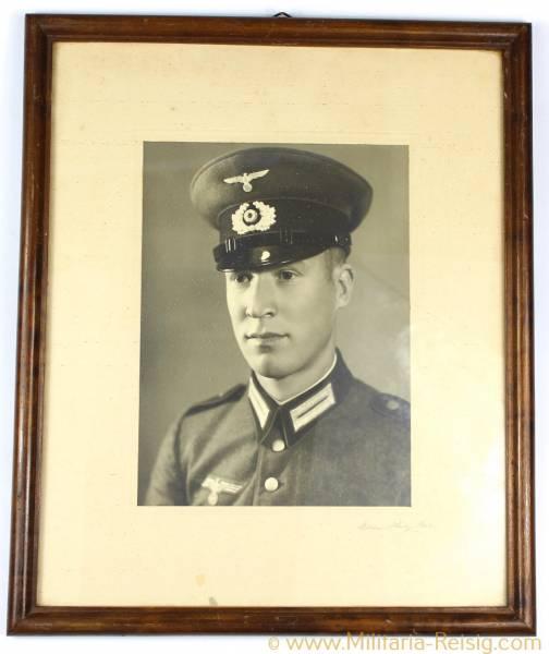 Gerahmtes Portrait eines Wehrmachtssoldaten, Heer