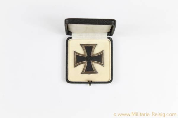 Eisernes Kreuz 1. Klasse 1939 im Etui, Hersteller 65, Klein & Quenzer, Idar-Oberstein