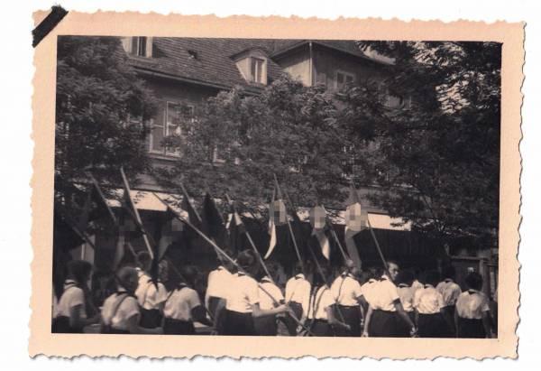 Foto Bund Deutscher Mädel, Hitlerjugend