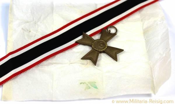 Kriegsverdienstkreuz 2. Klasse ohne Schwerter Hersteller 1, mit Verpackungspapier