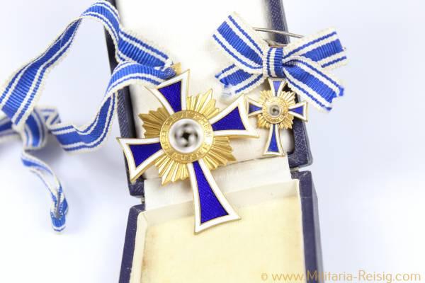 Mutterkreuz in Gold und Miniatur im Etui, Herst. Forster & Graf Schwäb. Gmünd