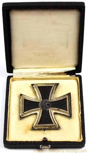 Eisernes Kreuz 1. Klasse 1939 im Etui, Hersteller B.H. Mayer, Pforzheim