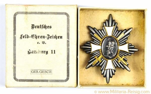 Deutsches-Feld-Ehrenzeichen, Herst. Hamburg 11 mit Schachtel