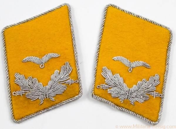 Luftwaffe - Paar Kragenspiegel Leutnant des fliegenden Personal