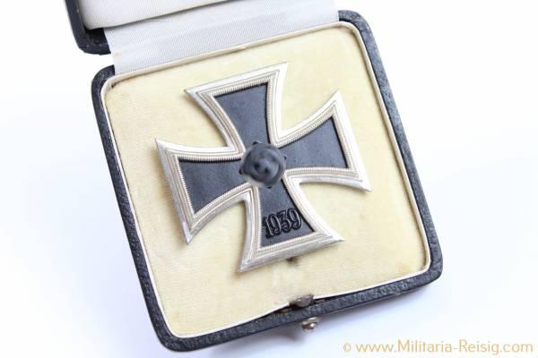 Eisernes Kreuz 1. Klasse 1939 im Etui, Herst. 3, Wilhelm Deumer, Lüdenscheid