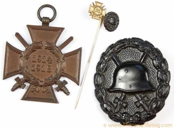 Verwundetenabzeichen in Schwarz 1918 und Ehrenkreuz f. Frontkämpfer 1914